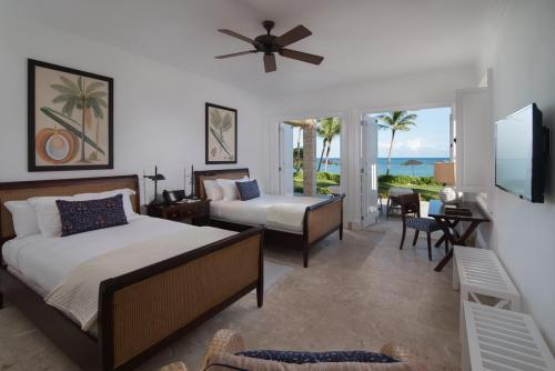 Tortuga Bay Ocean Front Full Beds
